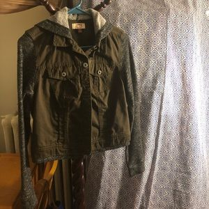 lei Junior's Hooded Button Down Jacket Size: M
